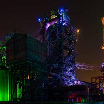 Sisteme de iluminat cu LED pentru locații externe și industriale